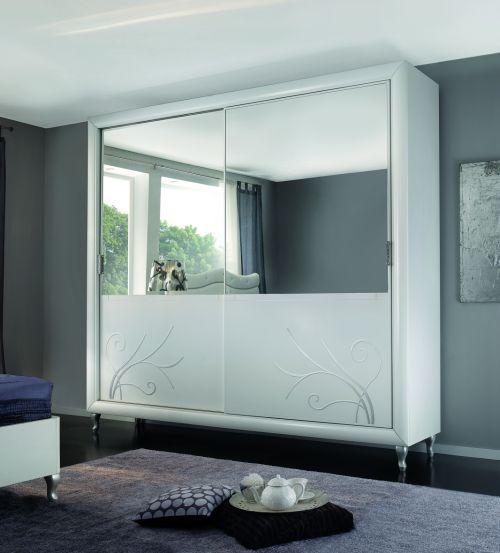 Camere da letto in stile italian style casale di - Specchi in camera da letto ...