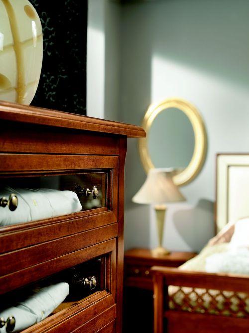 Camere da letto in stile italian style casale di for Piani di sei camere da letto