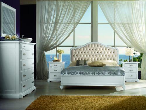 Camere da letto in stile italian style casale di for Arredamento zona notte
